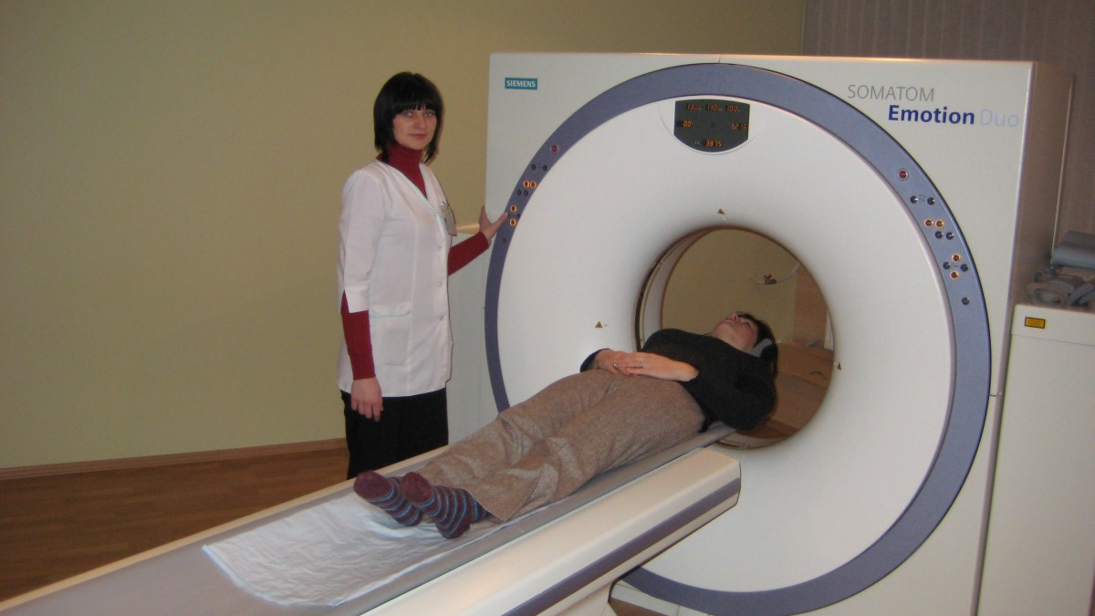Tomografija, klinika, UAB