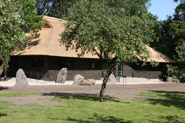 A. Petrausko muziejus ir Uoginių kaimo amatų centras