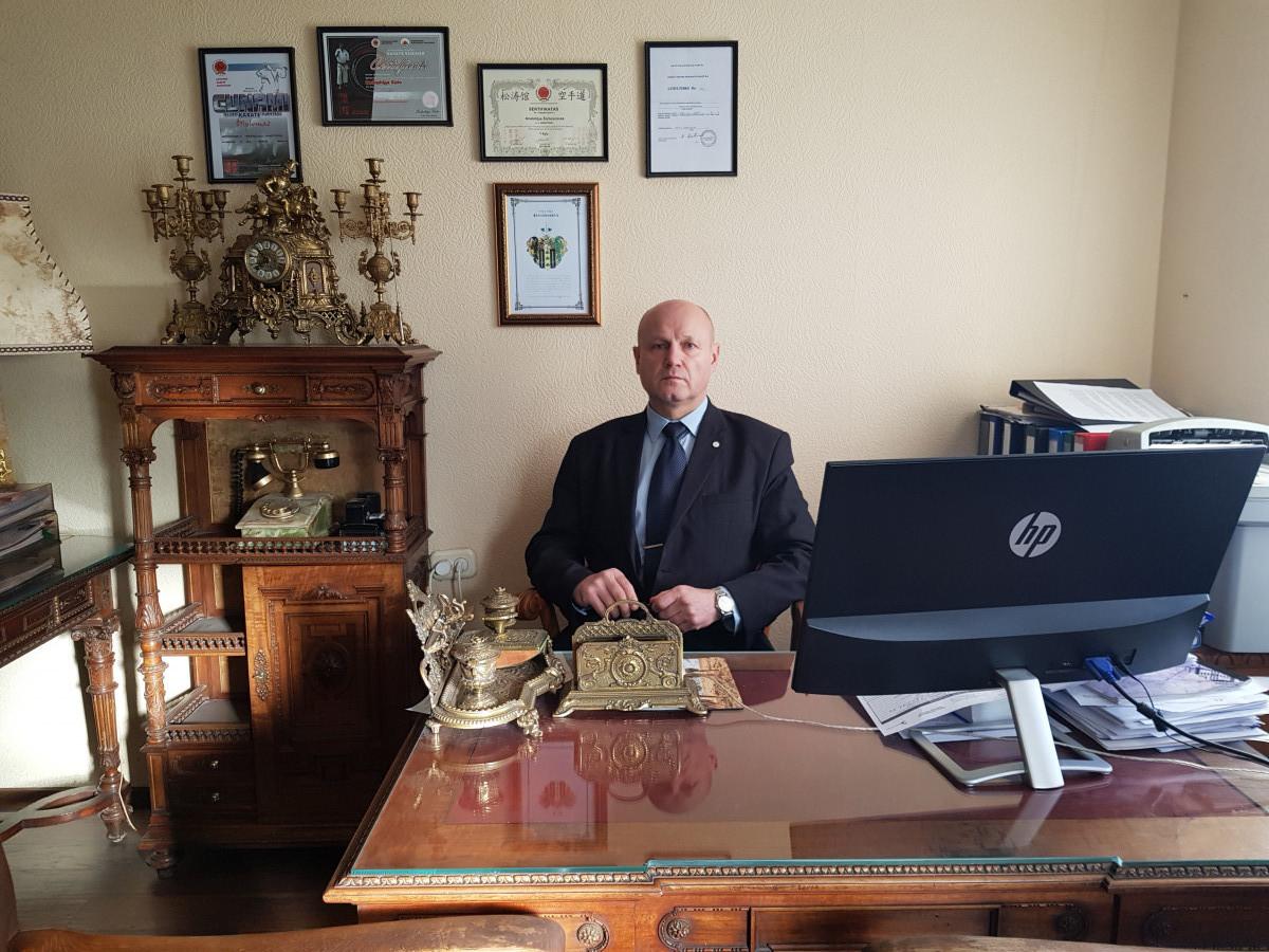 Advokatas Anatolij Šichovcov