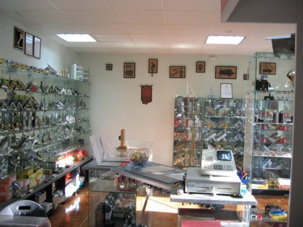 Avarinis spynų atrakinimas, A. Armalio juvelyrinių gaminių įmonė