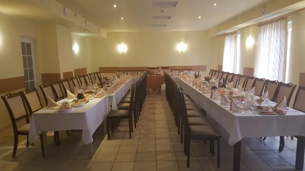 AVANTI, viešbutis-restoranas