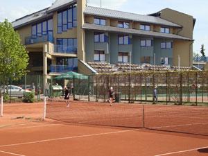 Tenisas ***, viešbutis