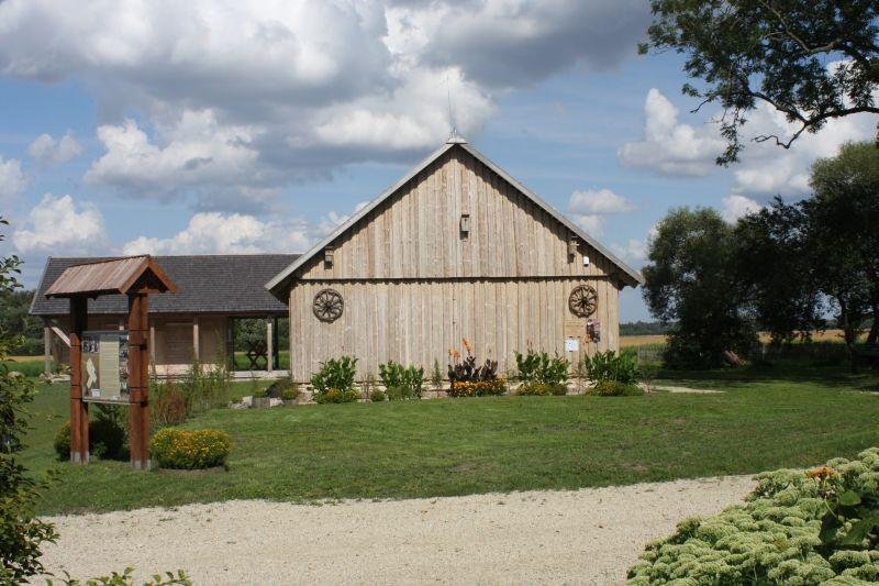 Lazdynų Pelėdos memorialinis muziejus