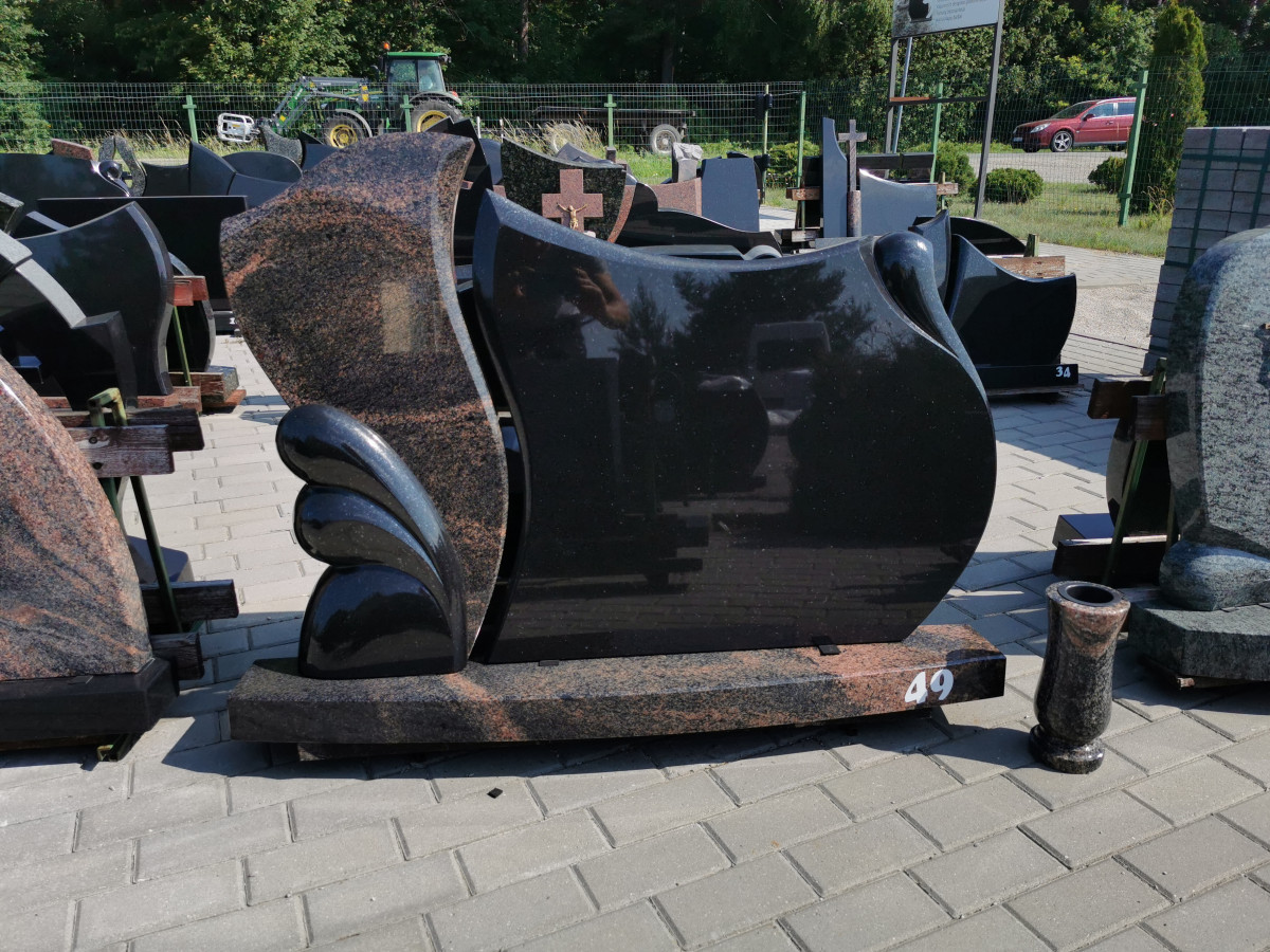R. Straukos paminklų gamybos įmonė