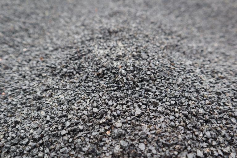 Ponas akmuo, Klovainių (Pakruojo r.) prekybos aikštelė