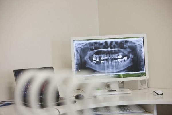 Odontologijos klinika, E. Adomaitytės įmonė