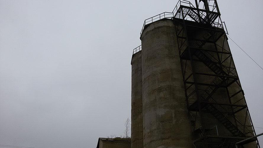 Lankų bokštai, UAB