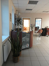 Devi AJ, grožio priežiūros centras