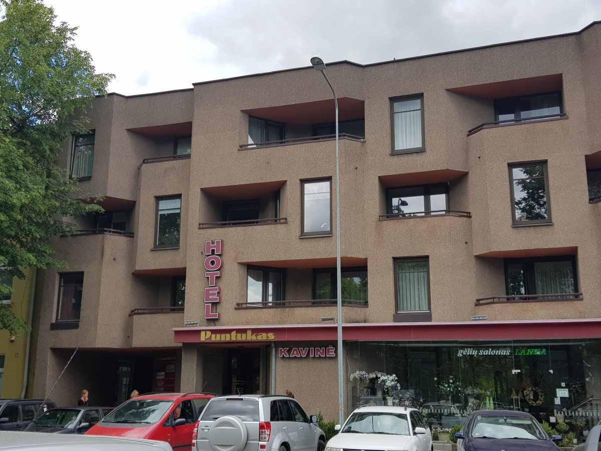 Puntuko viešbutis, UAB
