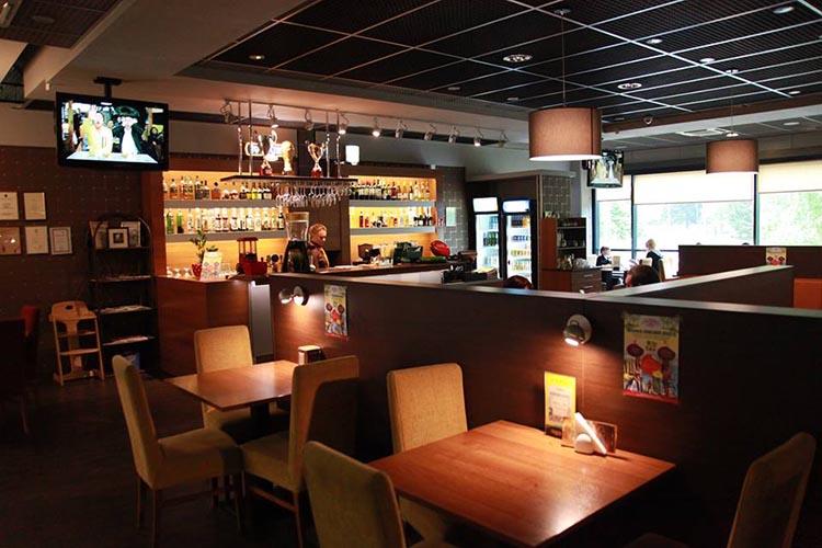 III blokas, restoranas-picerija