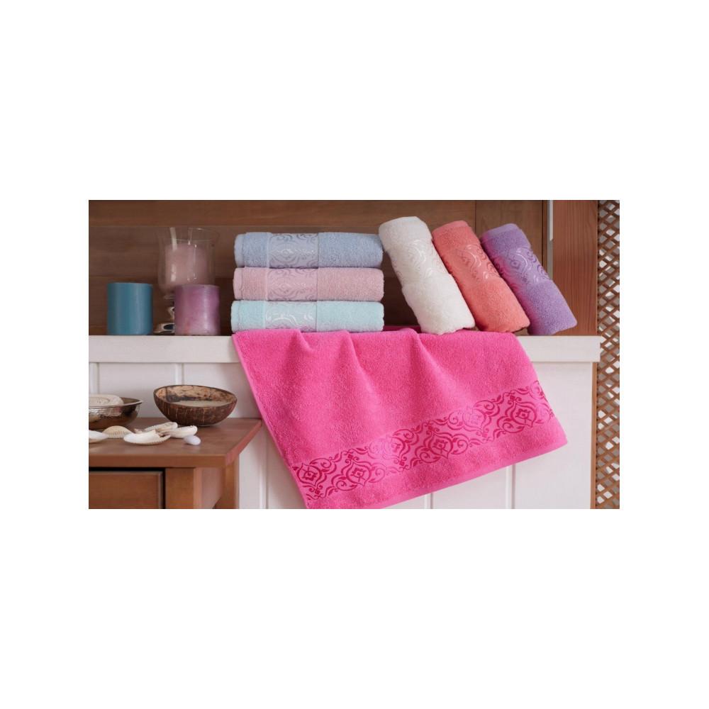Audrė, stilinga apranga ir namų tekstilė