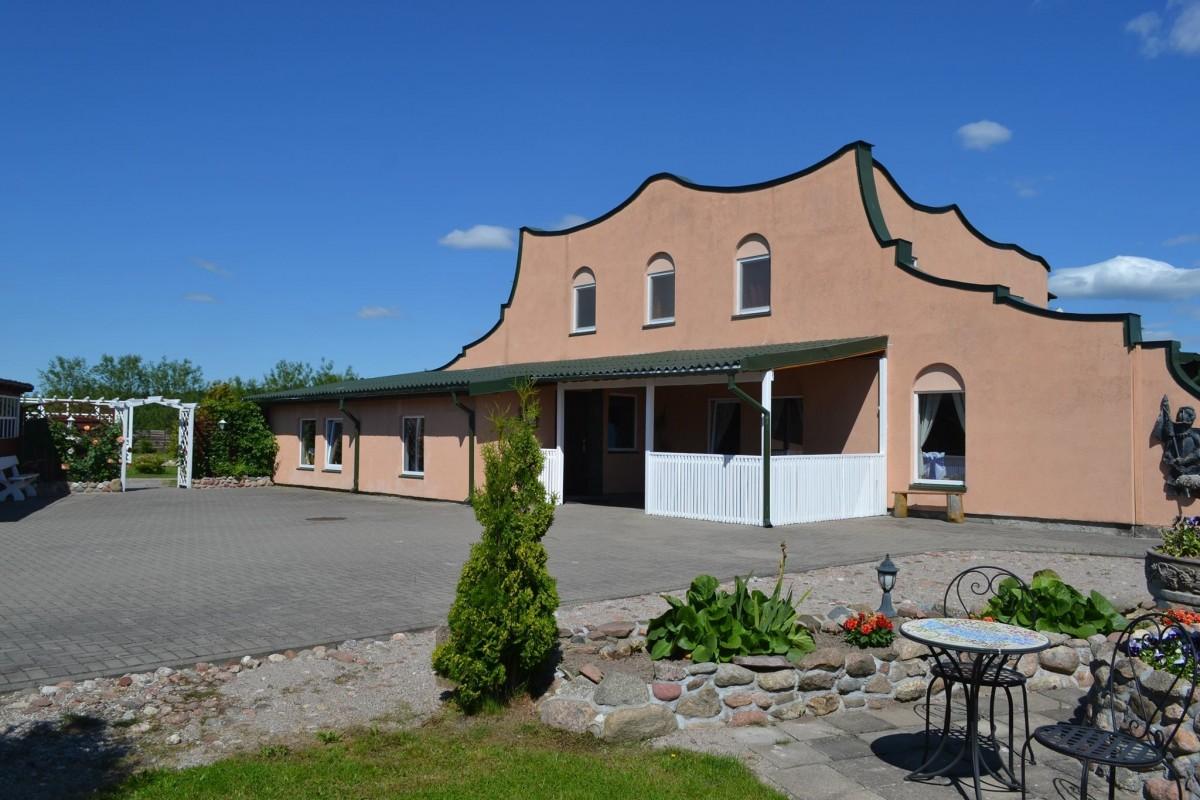 Mackykių vila