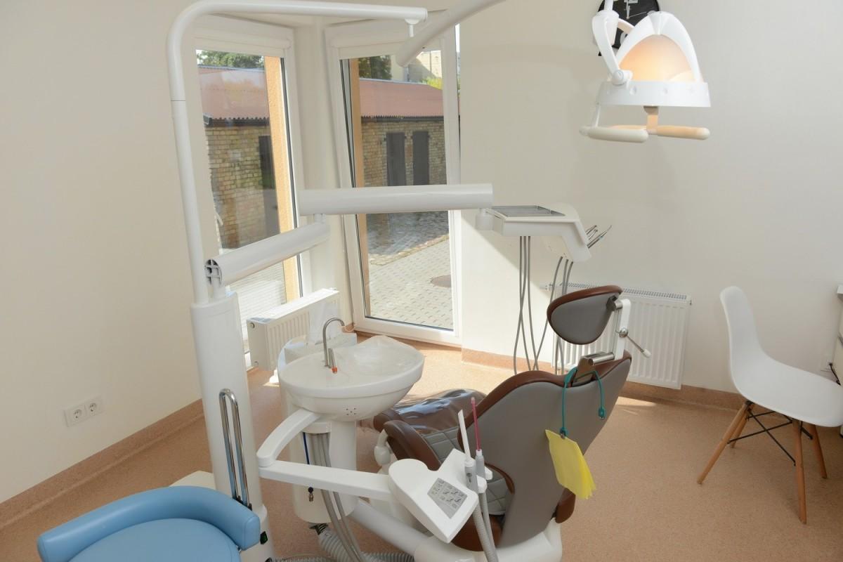 R.V.L., odontologijos klinika, UAB