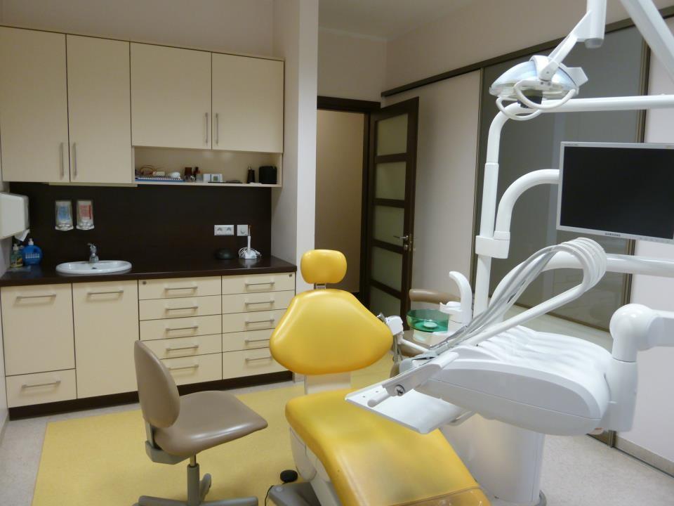 Žaliakalnio odontologijos klinika, UAB