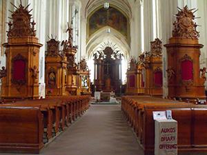 Vilniaus Bernardinų istorinis - architektūrinis ansamblis ir Pranciškonų namai