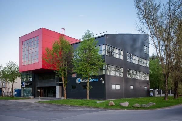 Vertimų ir kalbų centras