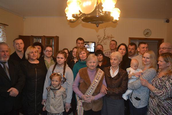 """Alzheimerio globos ir slaugos namai, VšĮ """"Amžiaus žiedas"""""""