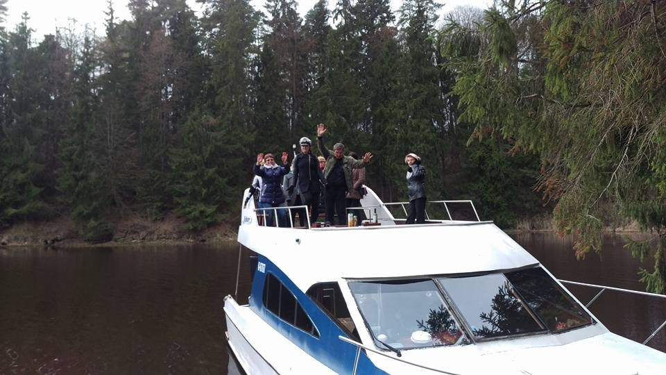 Vakarė, laivas Kauno mariose