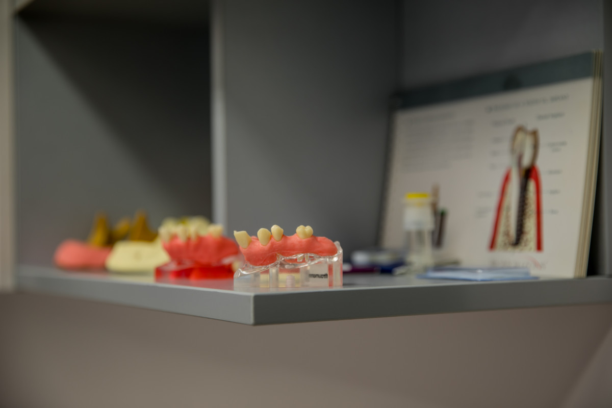 Ryklio dantis, UAB