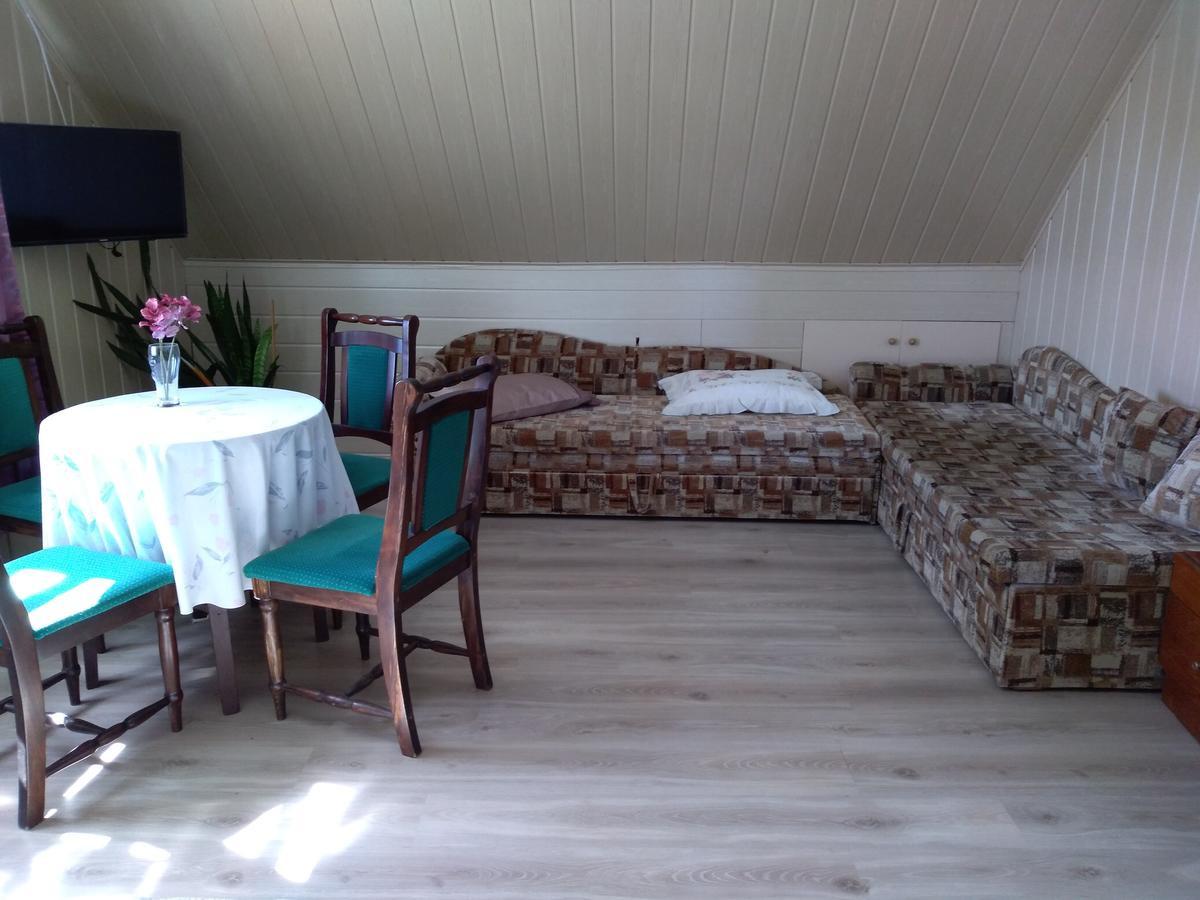 A. Zurlienės svečių namai