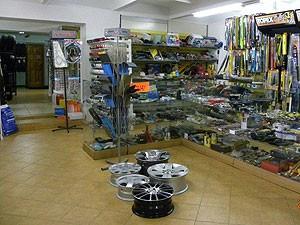 Autoratas, autodalių parduotuvė, UAB
