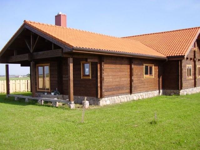 Rąstų namas