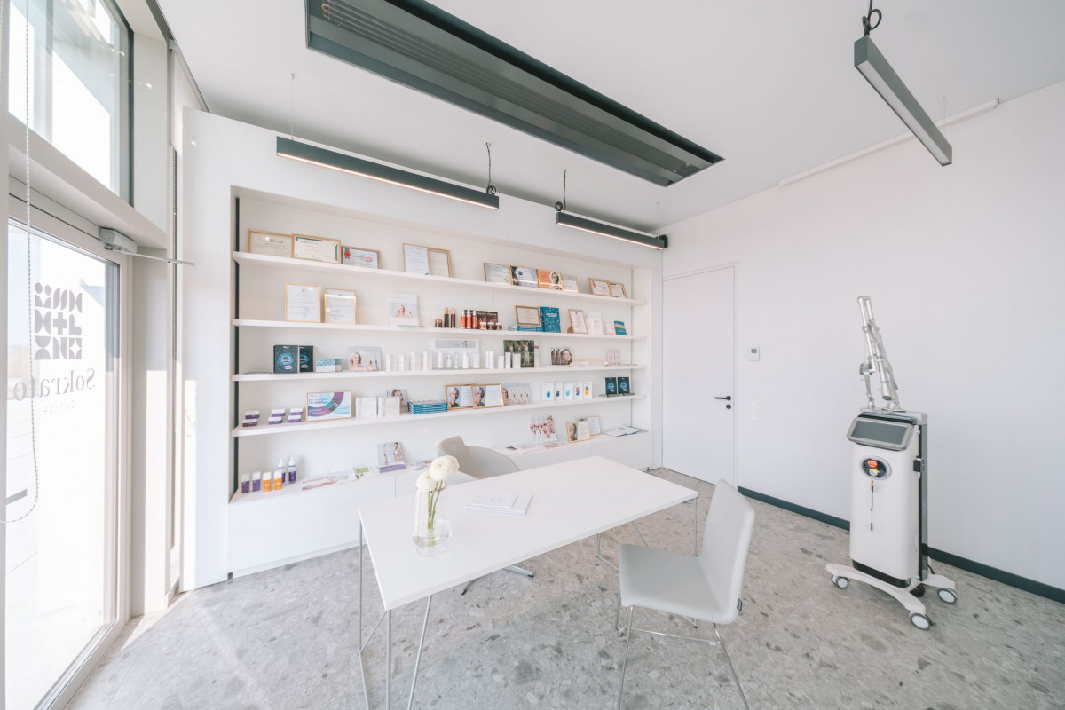 Ąžuolyno medicinos klinika