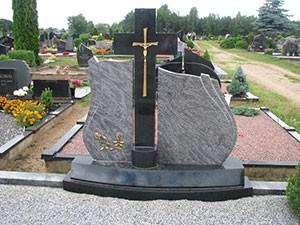 Paminklai, P. Tuškevičiaus IVV