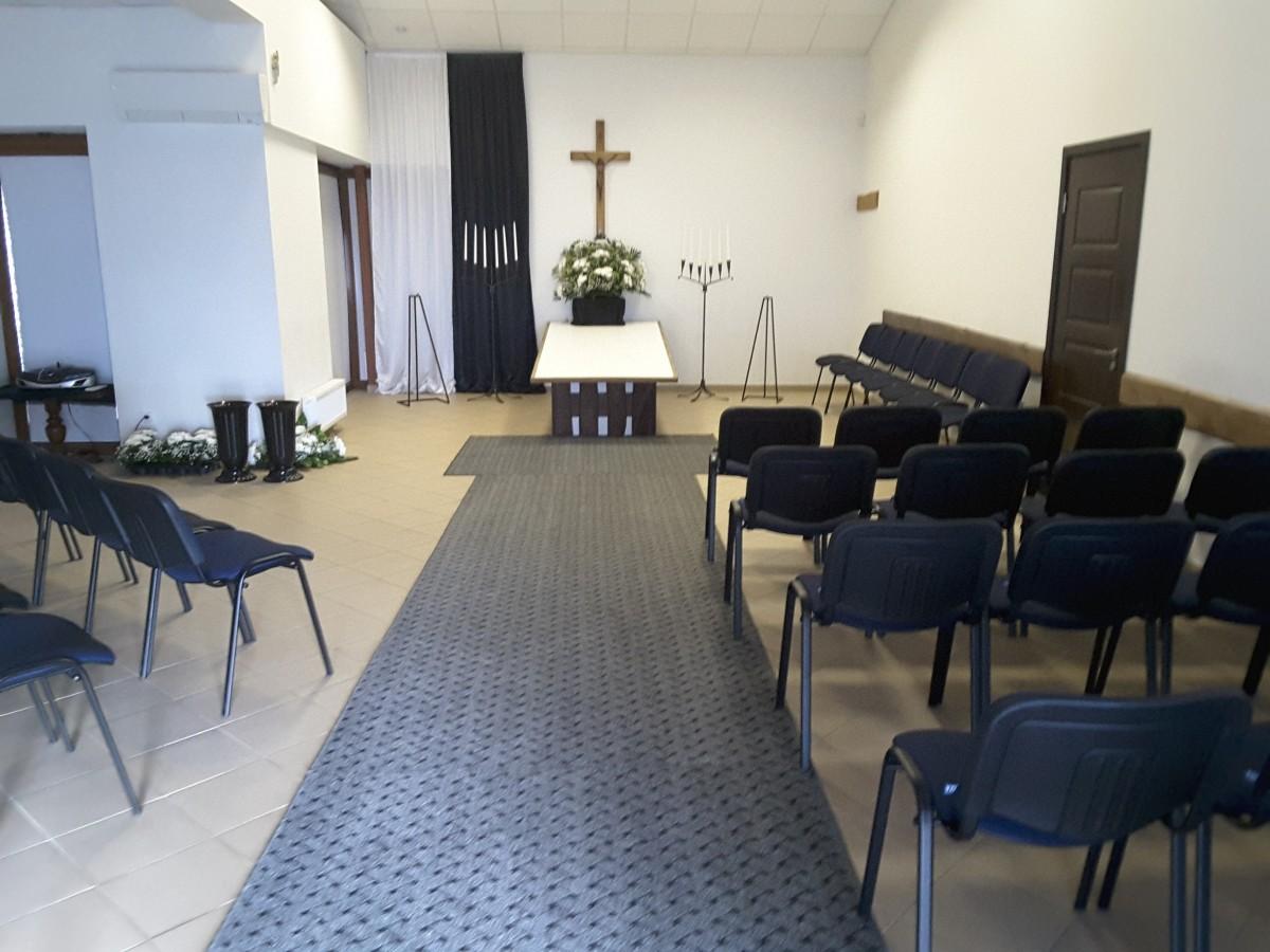 Sajus ir Ko, laidojimo namai