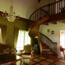 Mediniai laiptai, UAB