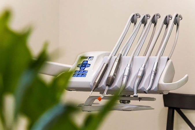 Senoji odontologijos klinika, UAB