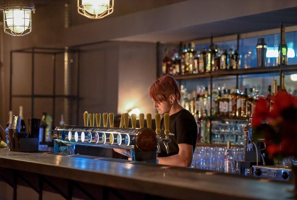 Trikampis pub