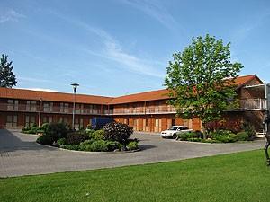 Lūna, viešbutis, UAB