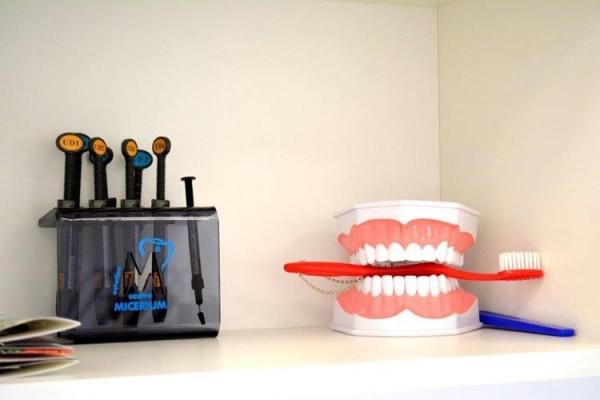Sanus, odontologijos klinika, UAB