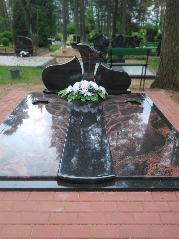 Akmenės kapai