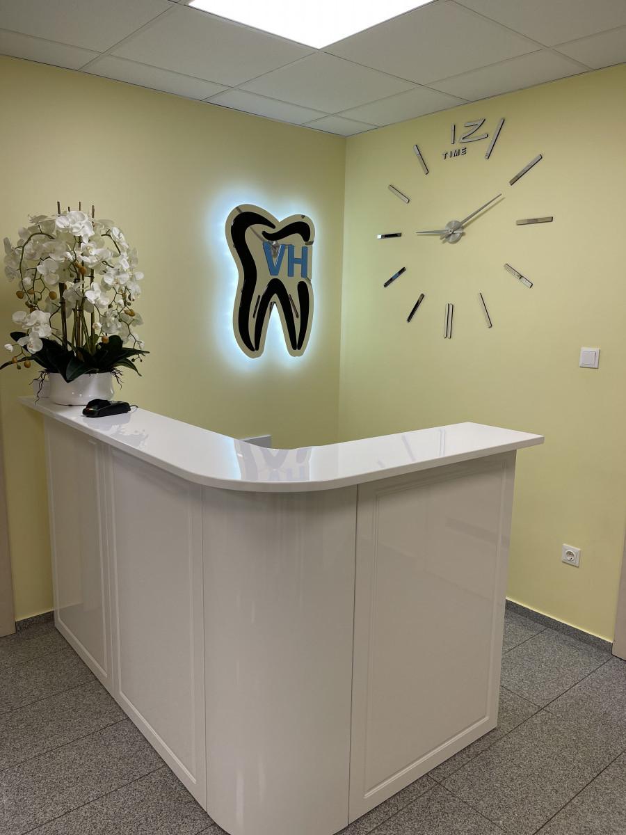 Viktorijos ir Haroldo Grybų odontologijos klinika, UAB