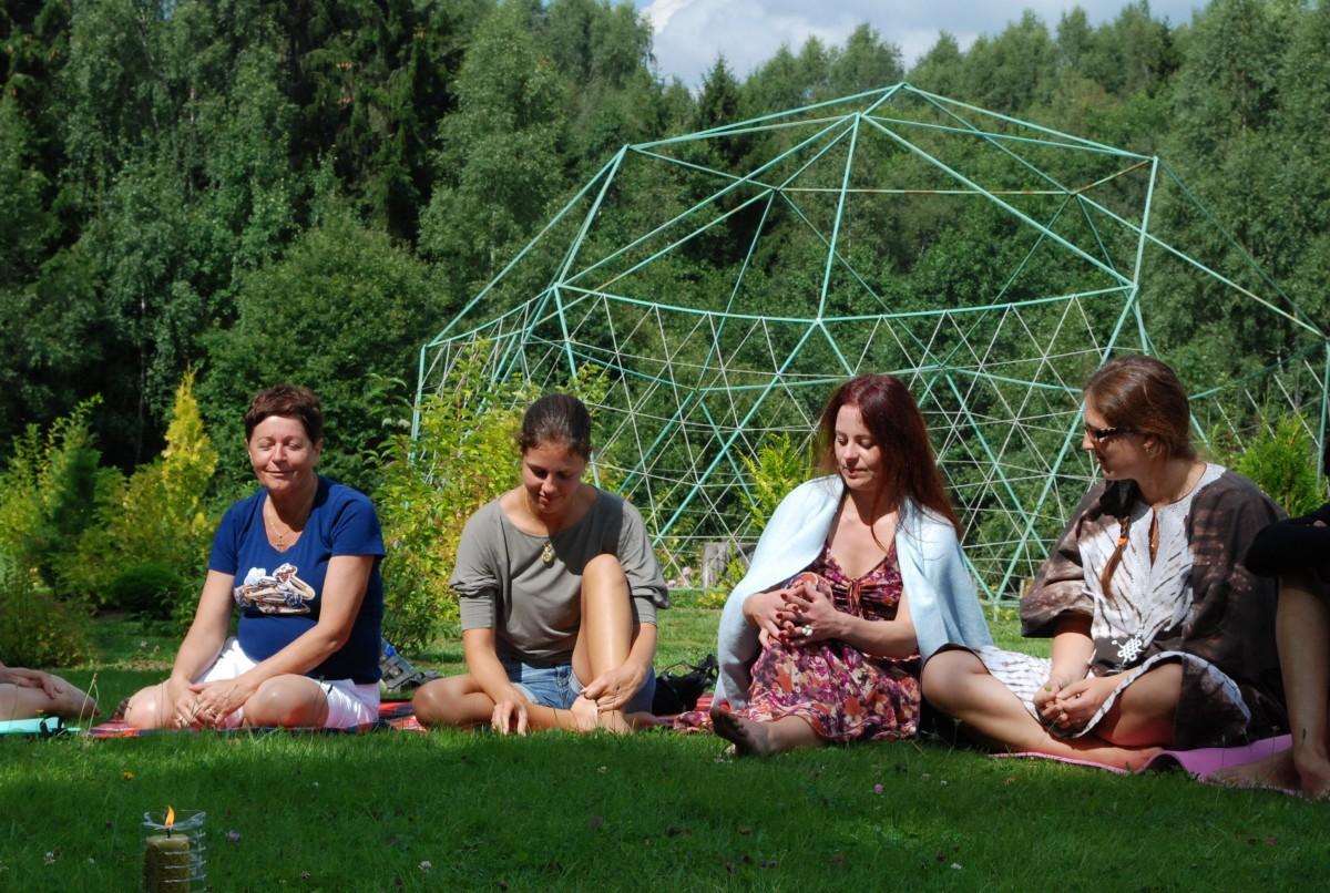 Energetinių labirintų ir geometrinių figūrų parkas