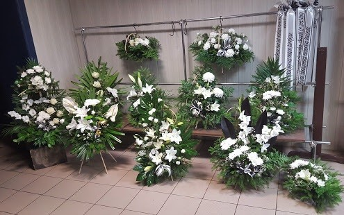 Juodoji orchidėja, laidojimo namai, UAB