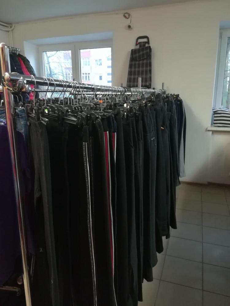 Naujų drabužių parduotuvė, D. Žvirblienės IVV