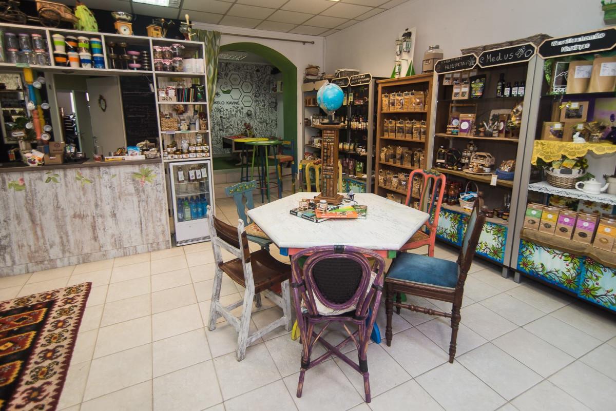 Mokslo kavinė, parduotuvės-kavinė
