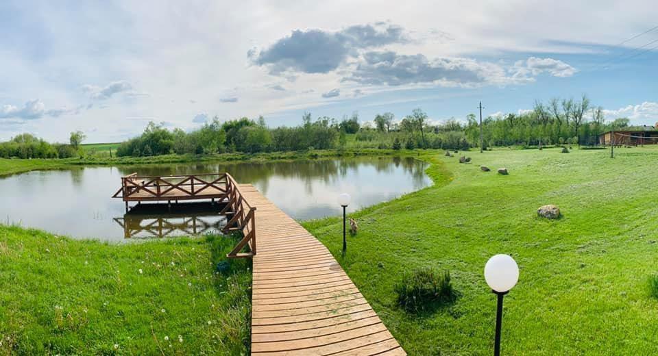 Ežero 13, sodyba
