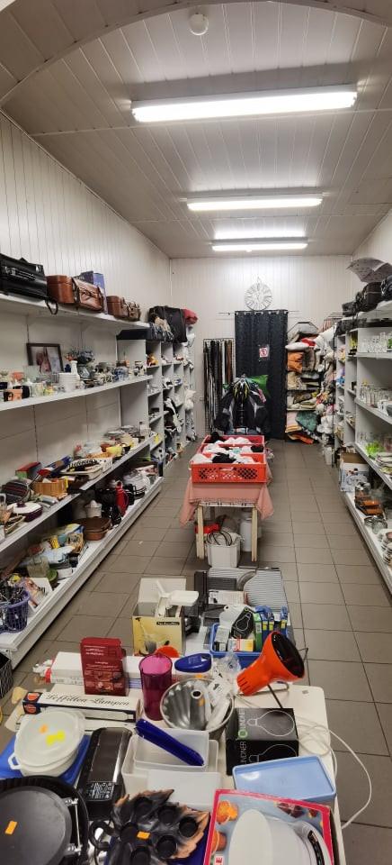 Sendaikčių parduotuvė