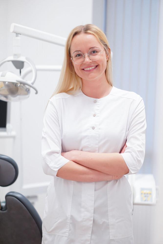 Dantų specialistai, odontologijos klinika
