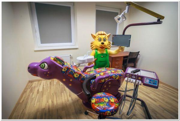 Vaikų odontologas