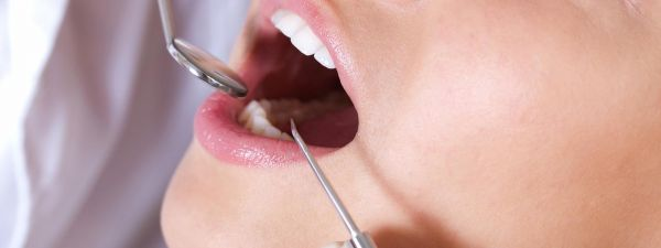 Dantų implantacija, kaulo priauginimo operacija, sinuso pakėlimo operacija, sinuso dugno pakėlimas