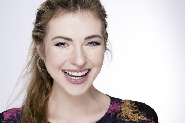 Estetinis dantų protezavimas laminatėmis
