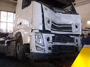 Vilkikų ir kitos spec. technikos gabenimas automobilvežiu Lietuvoje ir visoje Europoje
