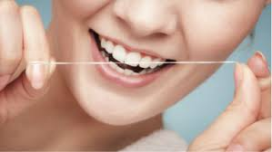 Estetinis dantų plombavimas.