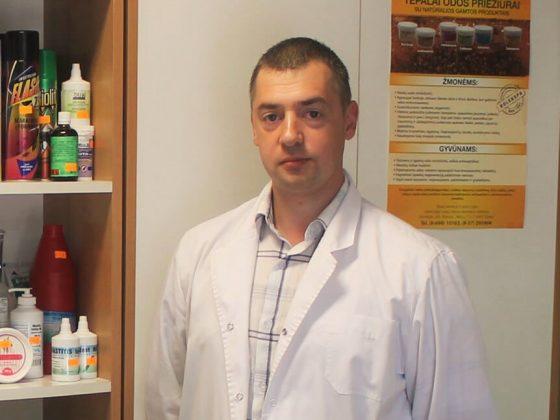 Nerijus Jasiūnas FARMACININKAS