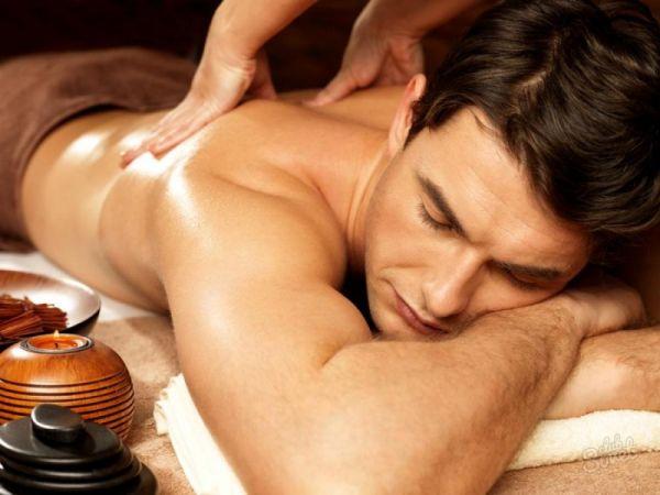 Gydomasis nugaros masažas